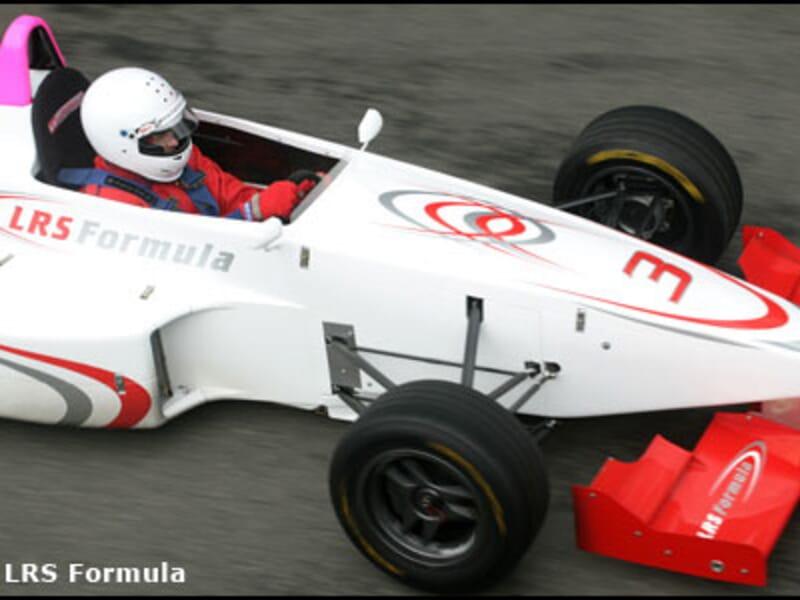 Baptême Passager en Formule 1 Triplace - Circuit de Magny-Cours